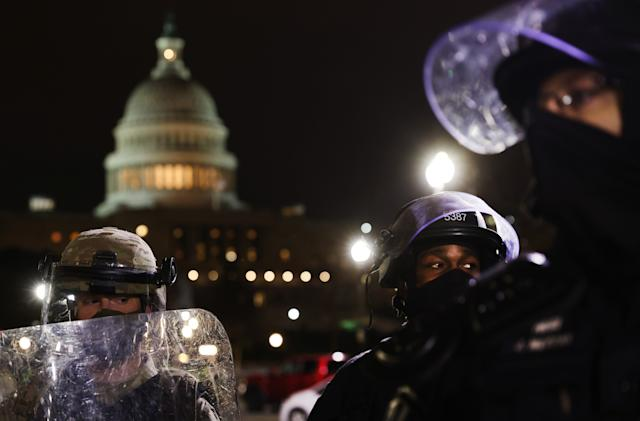 Senator asks social networks, carriers to preserve evidence from Capitol riot