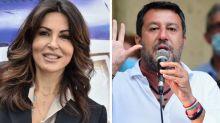 """Sabrina Ferilli: """"Non ho motivi per non rivotare Raggi"""". Salvini replica: """"Lei non vive in periferia"""""""
