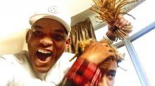Will Smith corta cabello de su hijo Jaden