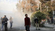 Proteste im Iran weiten sich aus - Revolutionswärter getötet