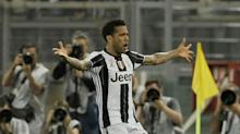 Dani Alves waves Juventus farewell and prepares for Manchester City move