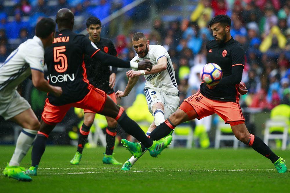 Por qué el Real Madrid debe vender a Benzema