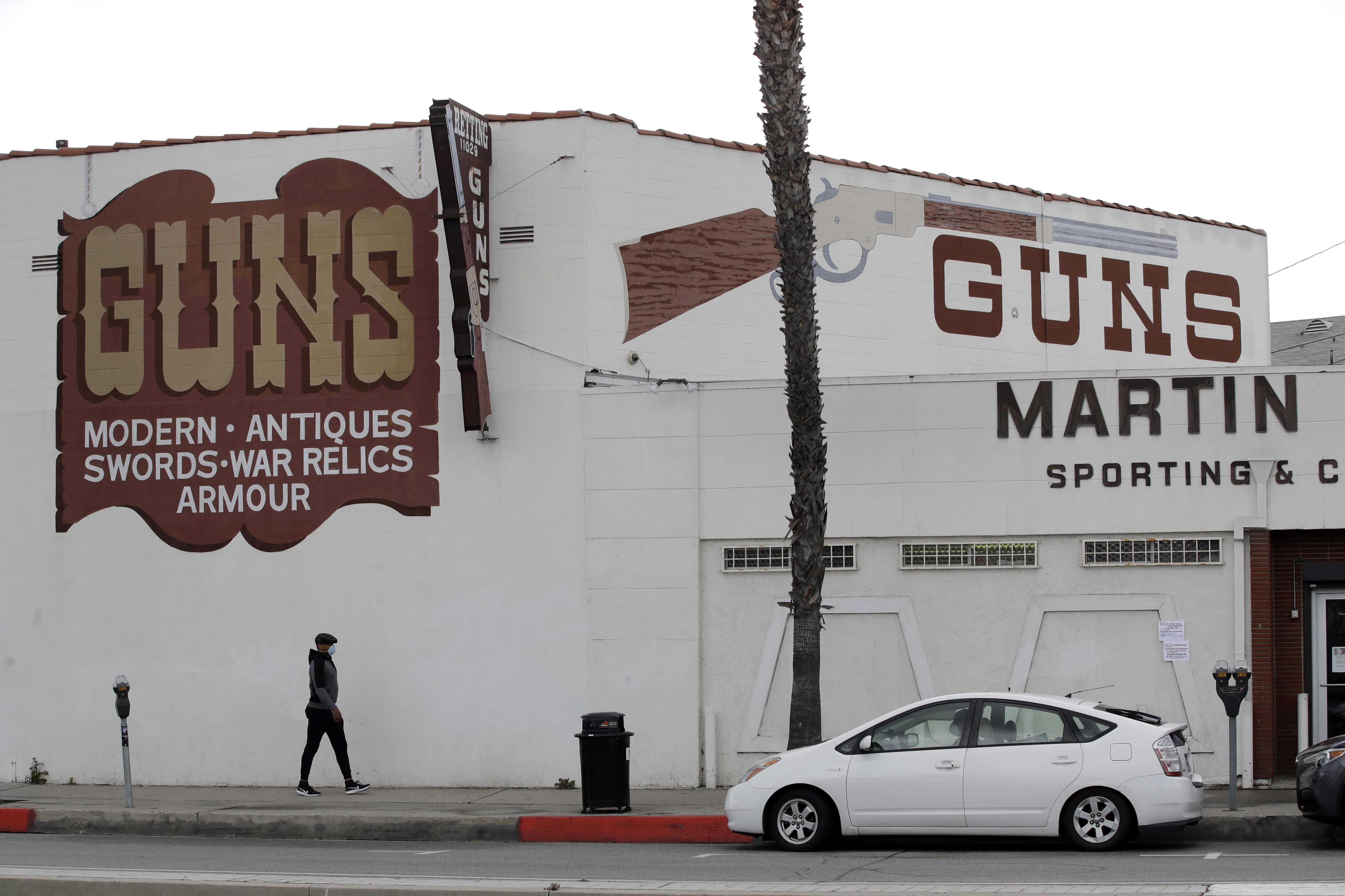 Los Angeles sheriff: gun shops not essential, must close