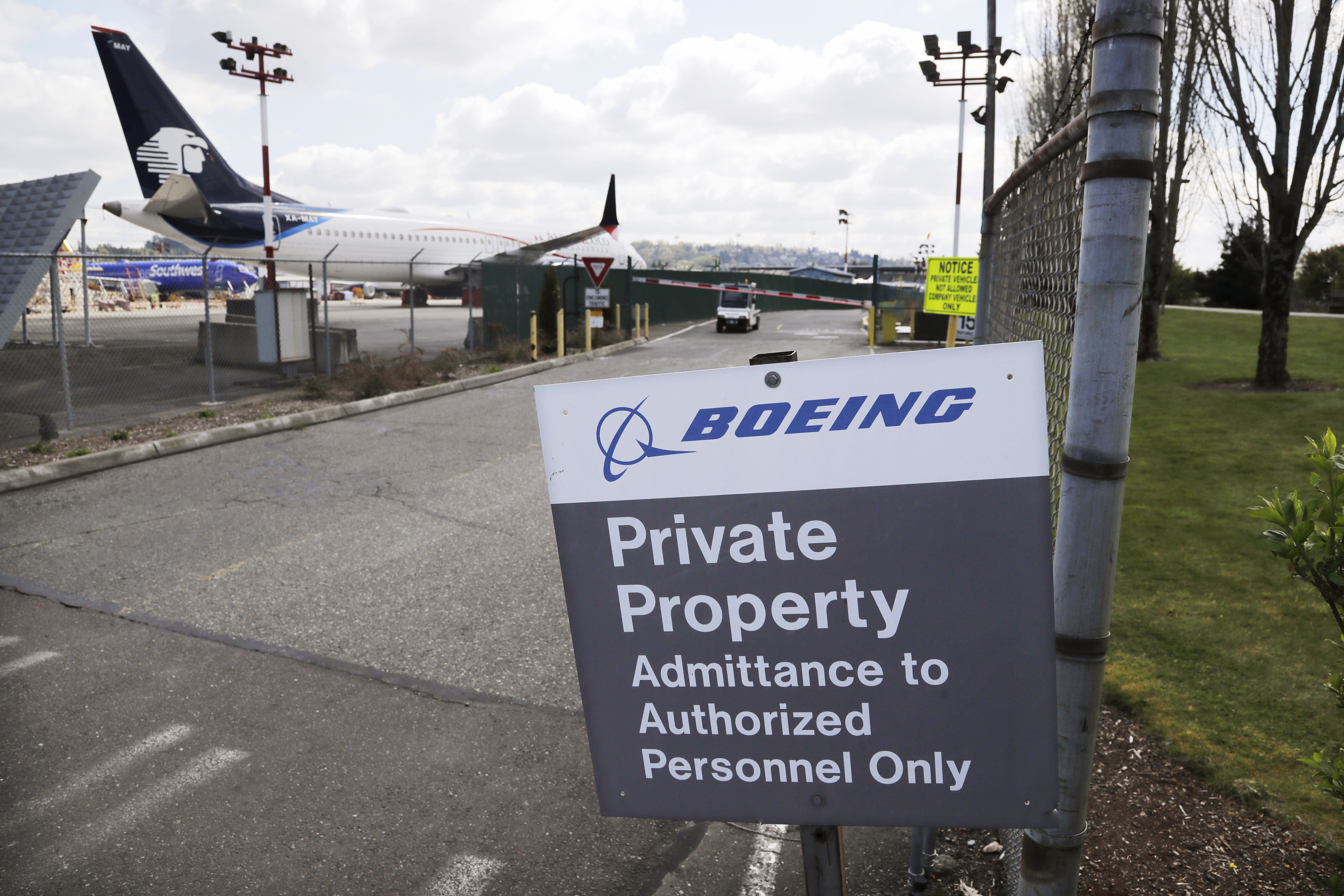 Boeing To Cut Workforce By 10% After Second Straight Quarterly Loss