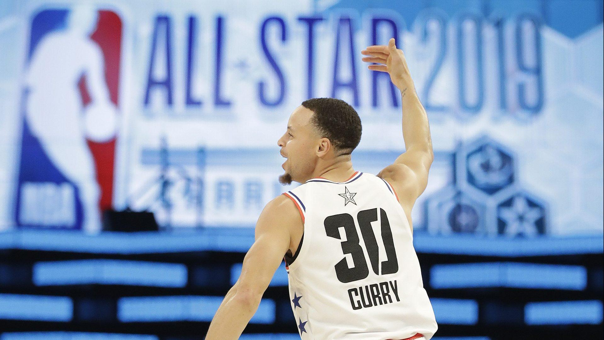 Stephen Curry gets four-point play after Klay Thompson foul, Curry does some taunting