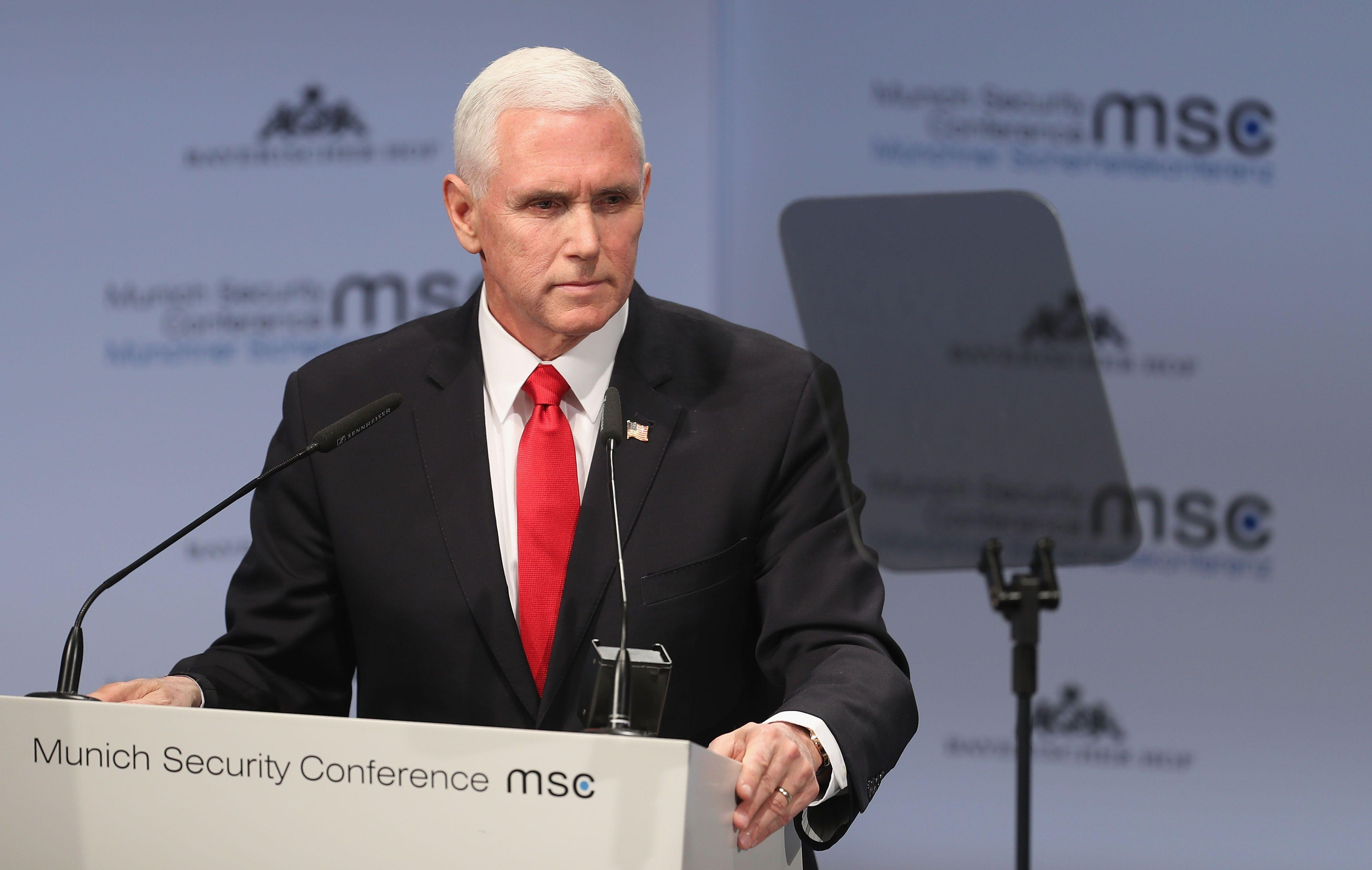 Vice President Pence met with silence after mentioning Trump in a speech