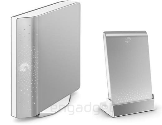 Seagate dumps brown, gets Mac happy with leaked FreeAgent disks