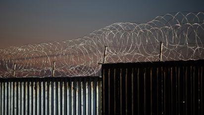 Republicanos impulsan 'bonos fronterizos' para financiar el muro