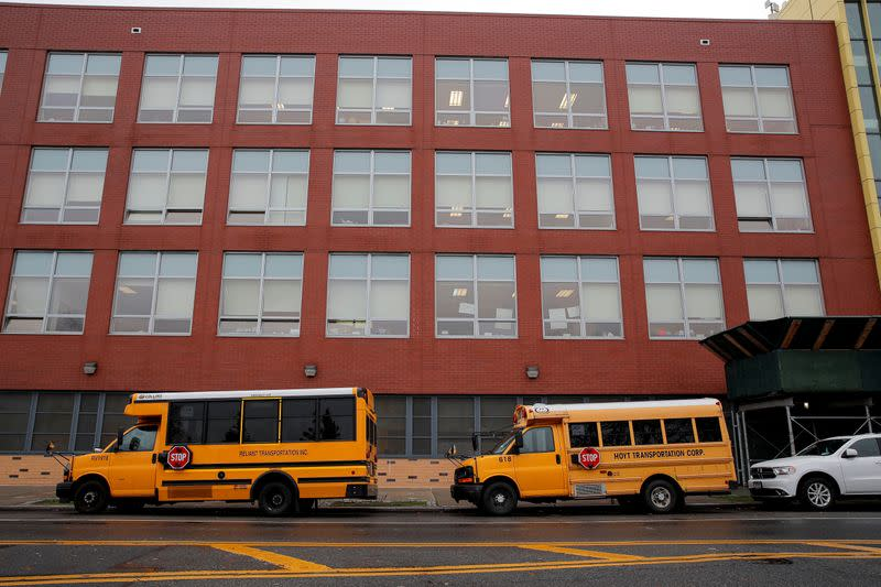 New York City holds off school closure as U.S. braces for virus-stricken winter