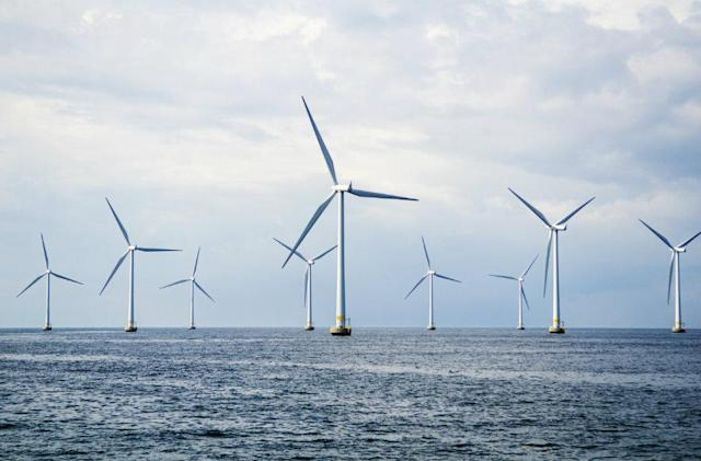 World's largest offshore windfarm to be built in the UK