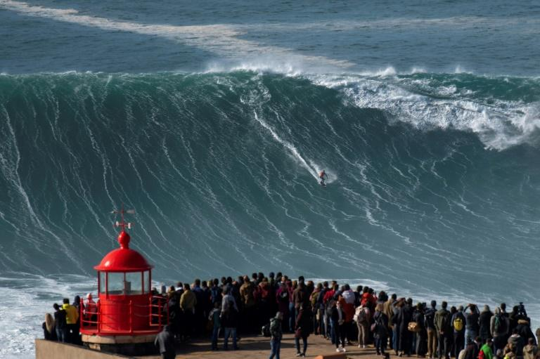 Waves in Nazare, on Portugal's Atlantic coast, can reach up to 30 metres during the winter (AFP Photo/Olivier MORIN)