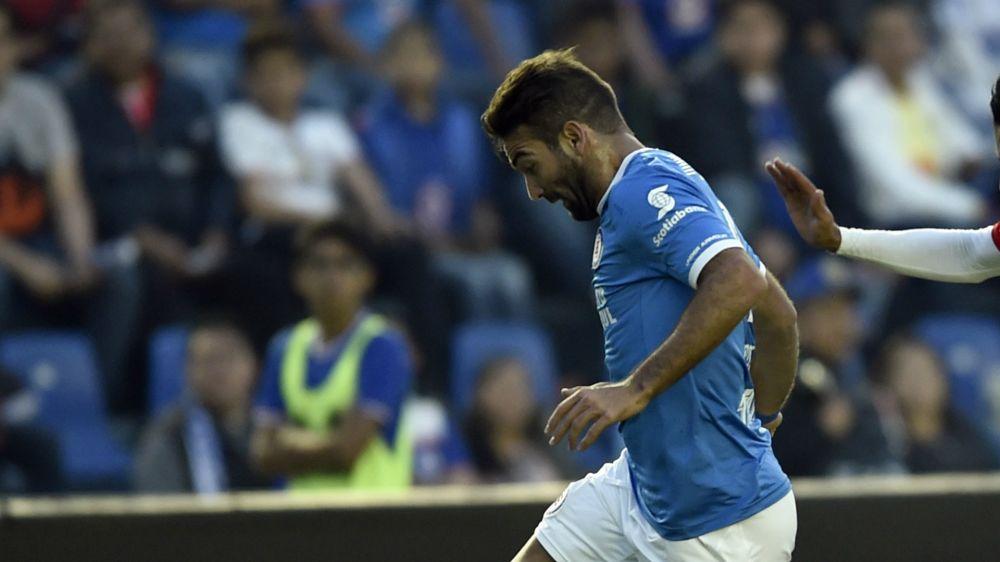 Cauteruccio no podrá jugar con Cruz Azul este fin de semana