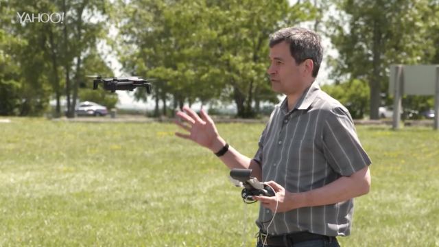 David Pogue reviews Parrot Anafi drone [Video]