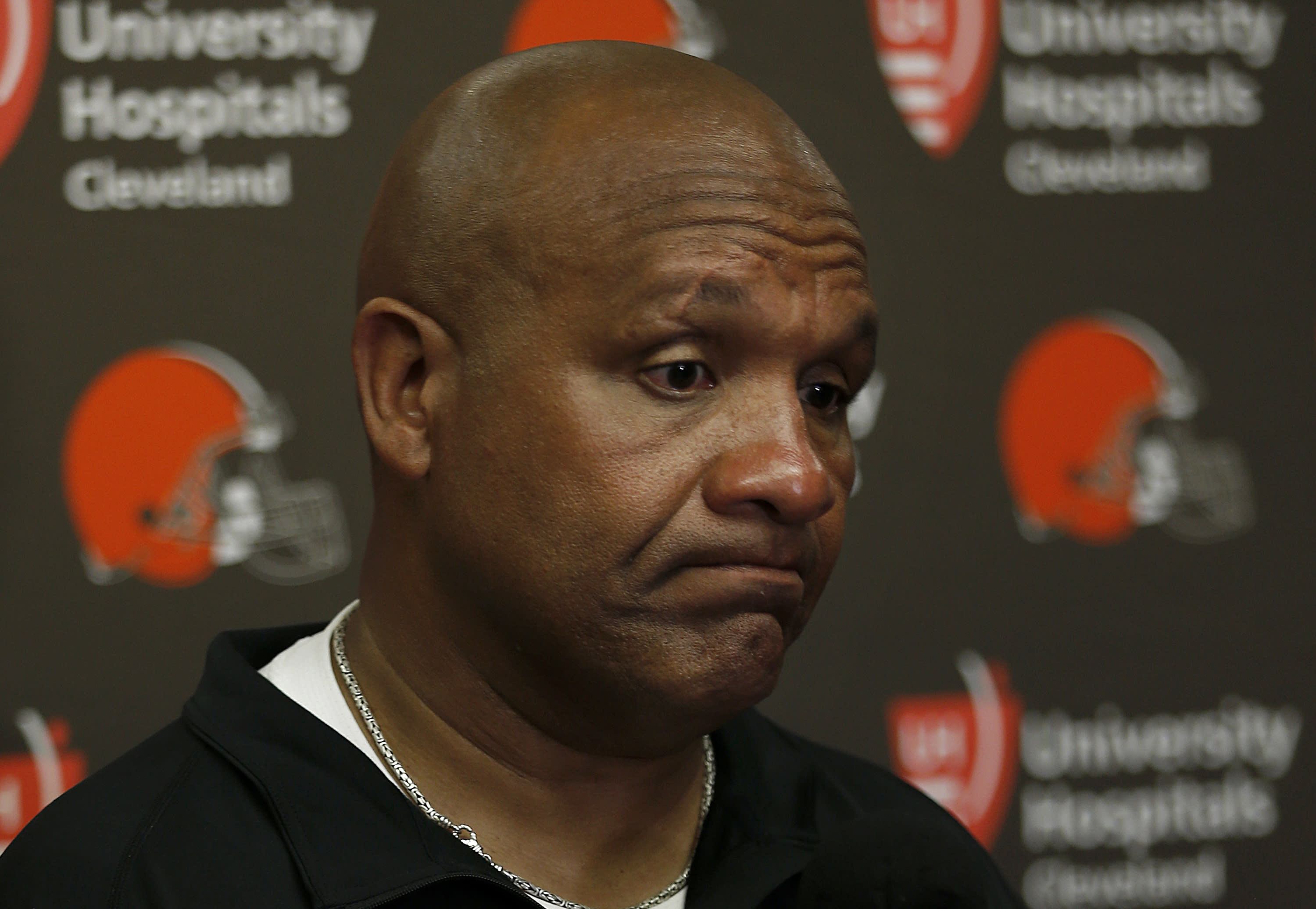 f8aa70f6ae7 Browns fire Hue Jackson and offensive coordinator Todd Haley