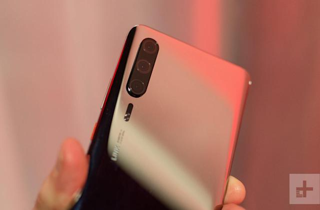 Huawei P30 Pro turns up a month early in prototype form