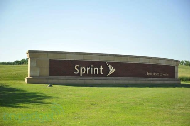 Sprint makes formal offer of $2.1 billion to acquire Clearwire