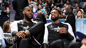 Like the old days! Wade, Bron connect for alley-oop