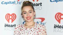 Stilecht mit Herzchen: Ein Miley-Cyrus-Outfit zum Verlieben!