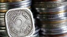 USD/INR: Rupee Extends Losses, Falls 8 Paise in Early Trade