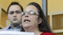 Kim Davis, Who Refused to Issue Same-Sex Marriage Licenses, Loses Kentucky County Clerk Seat