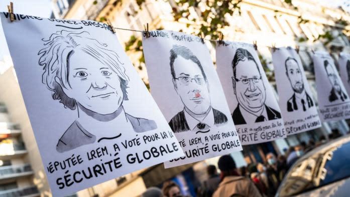 """""""Sécurité globale"""" : des dessinateurs en colère après la réutilisation de leurs œuvres par les """"députés de la honte"""""""