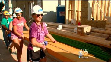 Local Carpenters Team Up With Habitat For Humanity To Build Homes In South Philadelphia