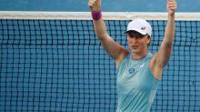 Swiatek latest to withdraw from Qatar Open