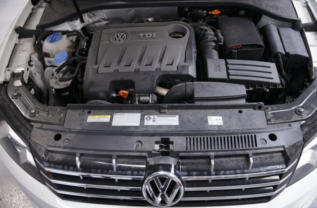 Volkswagen will fix emissions test-cheating cars ... somehow