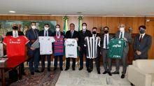 Presidente do Palmeiras faz novo teste de COVID-19 após ver Bolsonaro