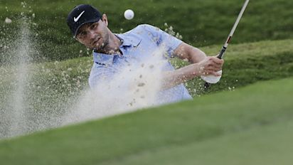 Stanley upstages stars at Tour Championship