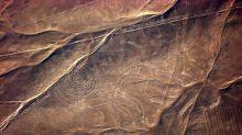 Figura gigante de felino, hallada por casualidad en líneas de Nasca de Perú, estaba por desaparecer