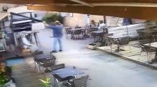 VIDÉO - Gironde : un camion fou fonce sur la terrasse d'un restaurant