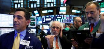 Wall St. flat as investors await Fed