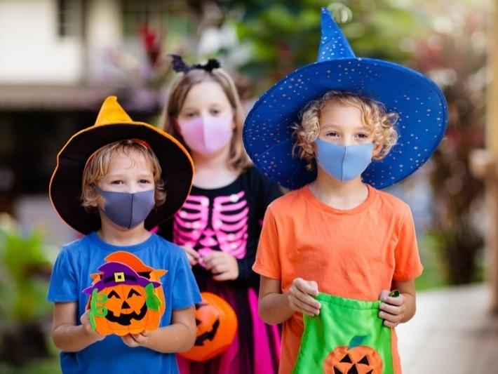 MDHHS, CDC Release Safety Tips For Michigan Trick-Or-Treaters