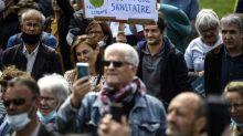 """Diplômés et plutôt de droite: ce que dit la première étude en France sur les """"anti-masques"""""""