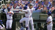 Con 17 imparables, los Mets aplastan 14-1 a los Filis