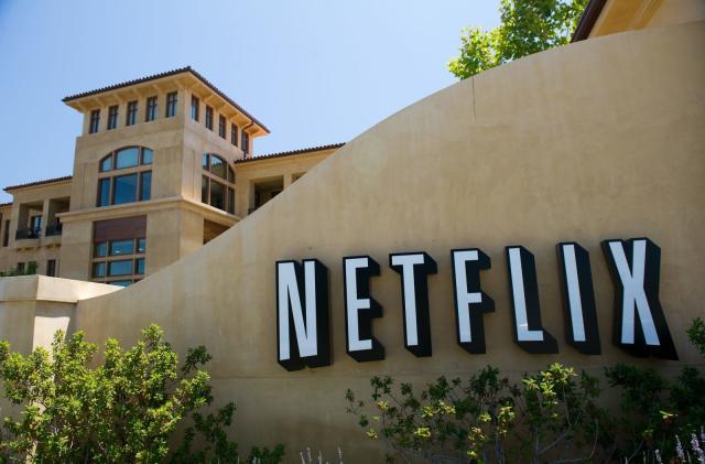 Netflix ponders offline playback