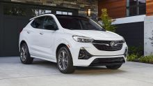 GM recalling 135,000 SUVs with plastic jacks that can break