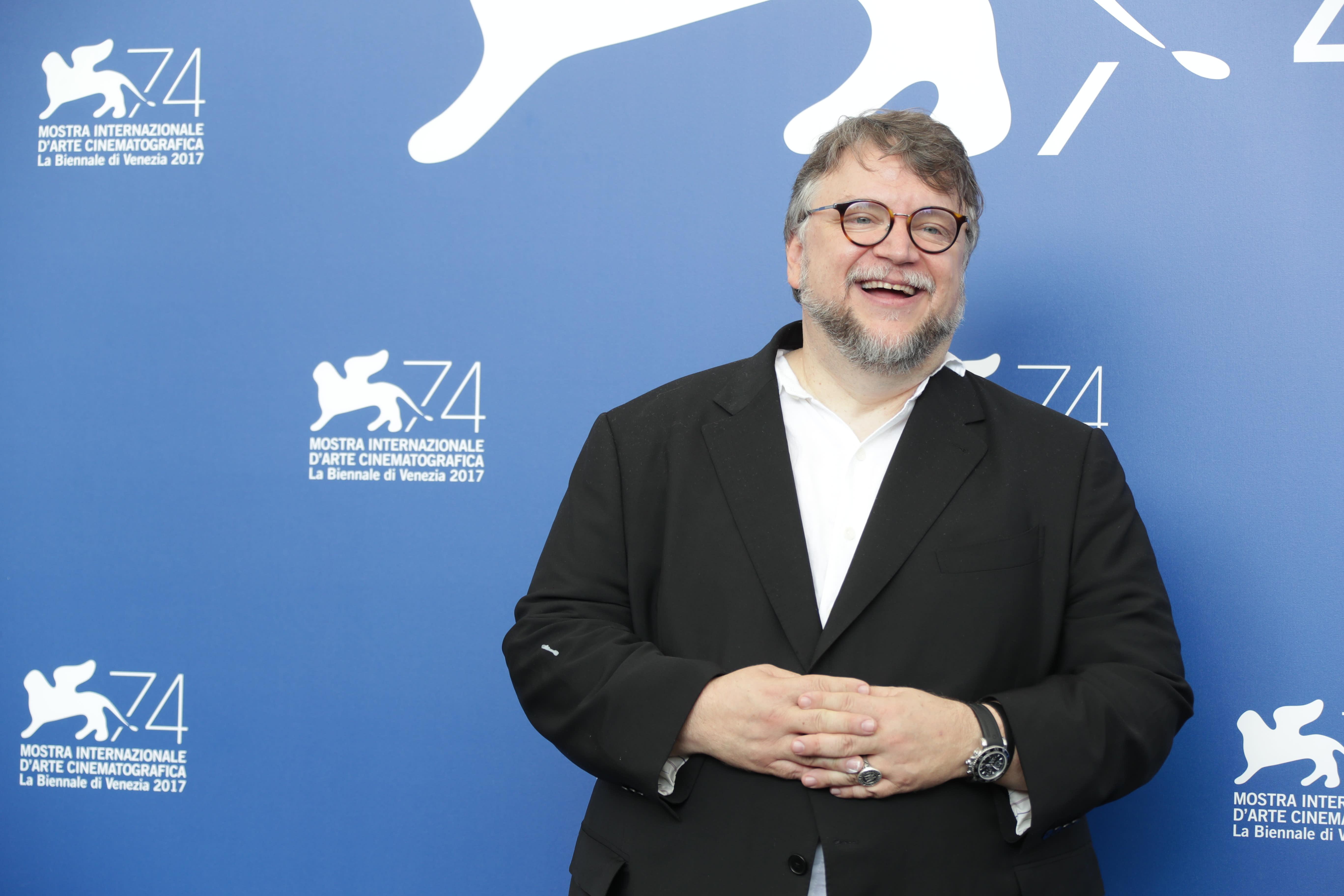 Guillermo Del Toro\u0027s \u0027The Shape Of Water\u0027 Shines Bright In Lido ...