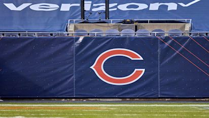 Bears eyeing Chicago suburbs as future home