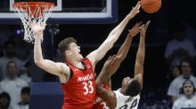 Wisconsin adds former Cincinnati post player Chris Vogt