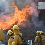 California Fire Map: Thomas Fire Threatens Santa Barbara and Ventura Counties as it Fights Containment