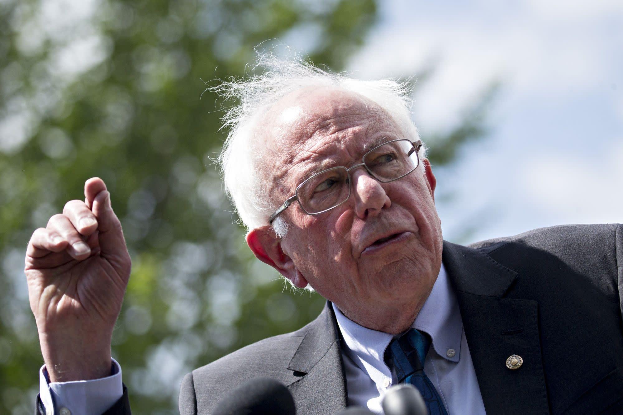 On Cue, Wall Street Challenges Bernie Sanders's Trading Tax Plan