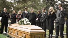 Los famosos muertos... en redes sociales