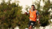 Otero ganha força para ser titular do Corinthians contra o Palmeiras