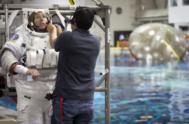 NASA wants to hire more astronauts
