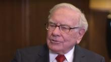 """Warren Buffett sobre las tasas negativas y """"la pregunta más importante del mundo"""""""