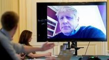 "GB: Boris Johnson, hospitalisé, a ""bon moral"""