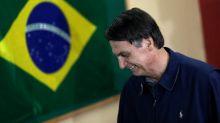 Bovespa recua com declarações de Bolsonaro e exterior endossando realização de lucros