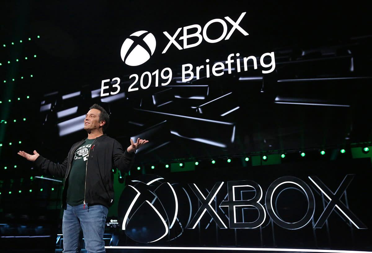在E3展前記者會上,微軟遊戲執行副總裁Phil Spencer上台說明。圖:微軟提供